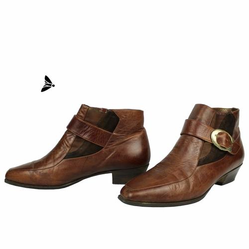 Vintage Ayakkabı - Beklenen Bir Kadın