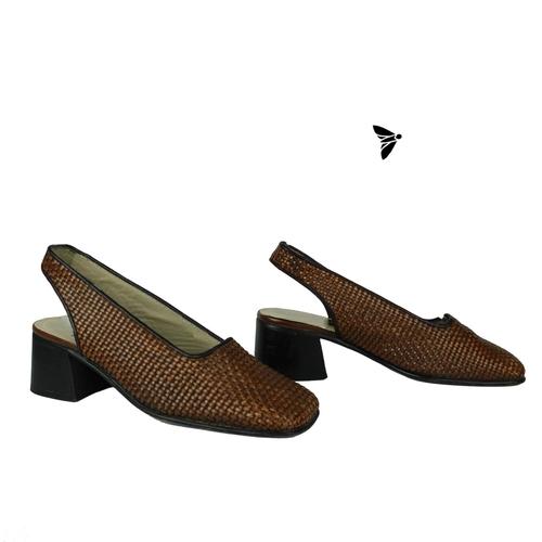 Vintage Ayakkabı - Bu Koşuşma Hiç Mi