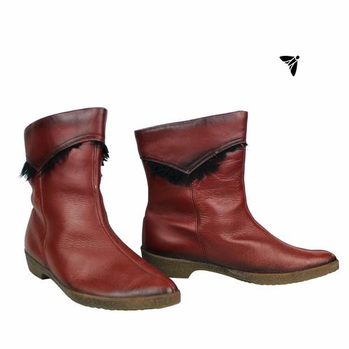 Vintage Ayakkabı - Olanca Kırmızılarımla Koşarım