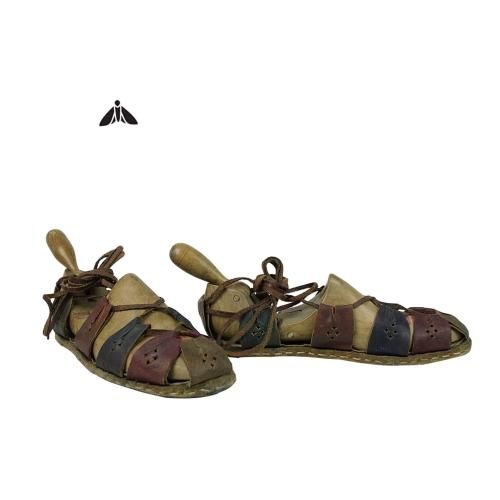 Vintage Ayakkabı - Orada Adımlarım Var