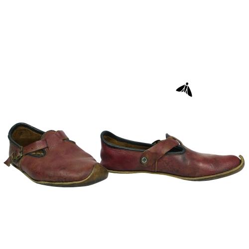 Vintage Deri Ayakkabı - Şehre Yabancı Gelir
